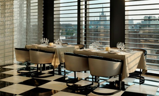 restaurant-at-the-Armani-Hotel-Milano