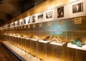 marilyn-exhibition-ferragamo